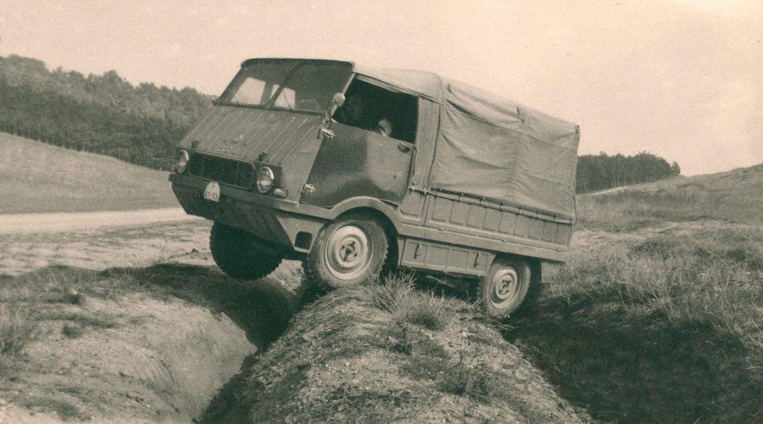 Прототип Type 998 'Agromobil'